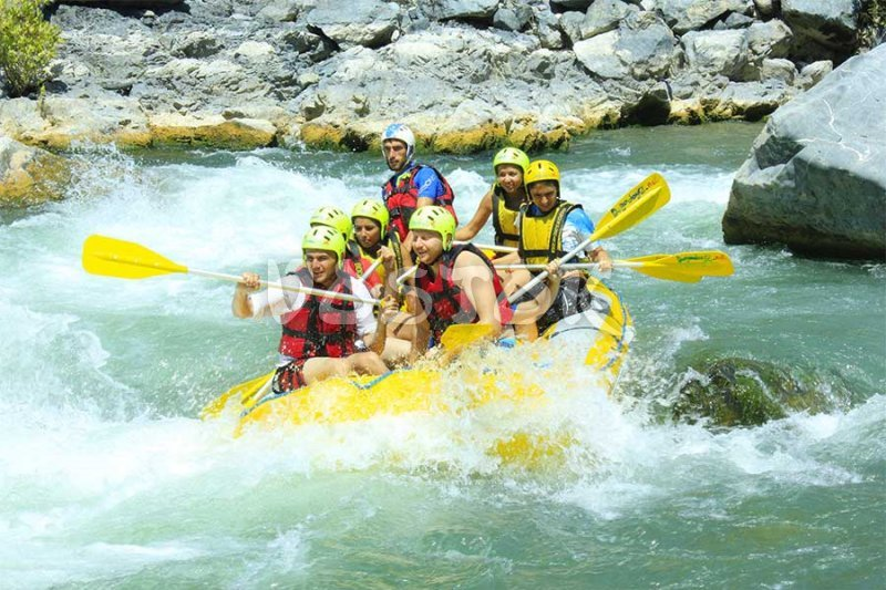 White water rafting on Dalaman River is good for both - gentlemen and ladies