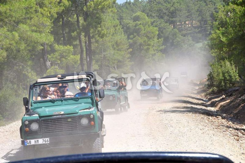 Dust and bumpy road will not spoil your jeep safari