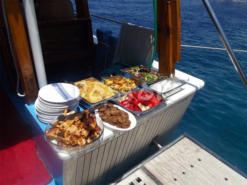 Open buffet lunch aboard